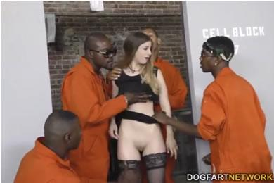 Fekete pasis gangbang szex - Stella Cox