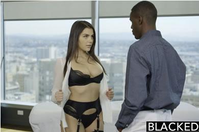 Fekete pasis szex - Valentina Nappi