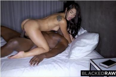 Interracial szex - Gina Valentina